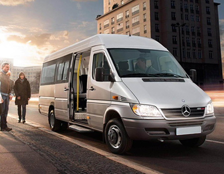 Перевозка пассажиров на микроавтобусе