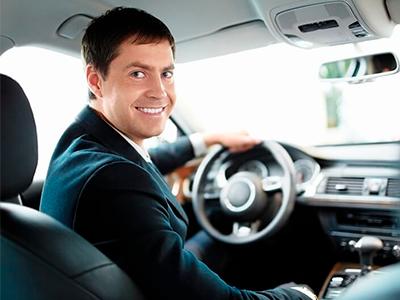 Арендовать машину или выплатить сотруднику расходы: что удобнее